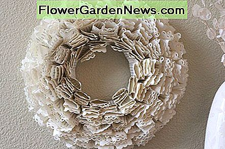 Fluffy paper wreath