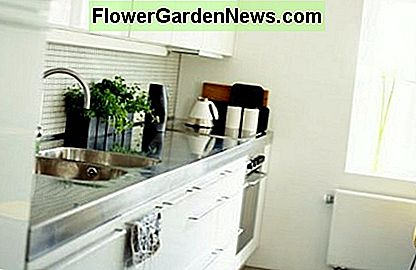 Feng Shui small kitchen with good lighting, storage space and color