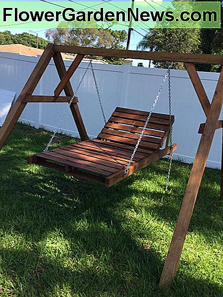 DIY Chaise Lounge Pallet Swing voor $ 150