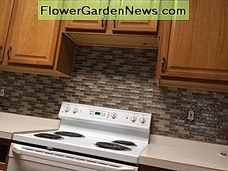 Easy Kitchen Mosaic Tile Backsplash Project